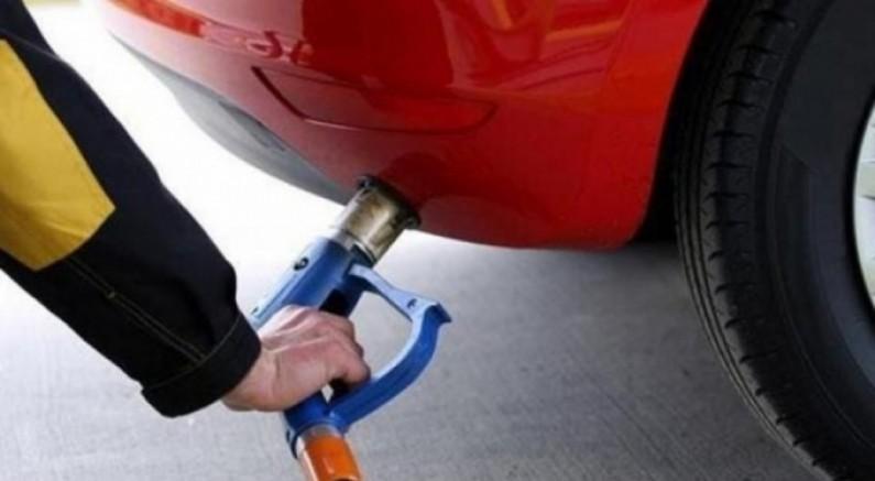 Araç sahiplerine kötü haber! LPG oto gaza 15 kuruş zam geldi