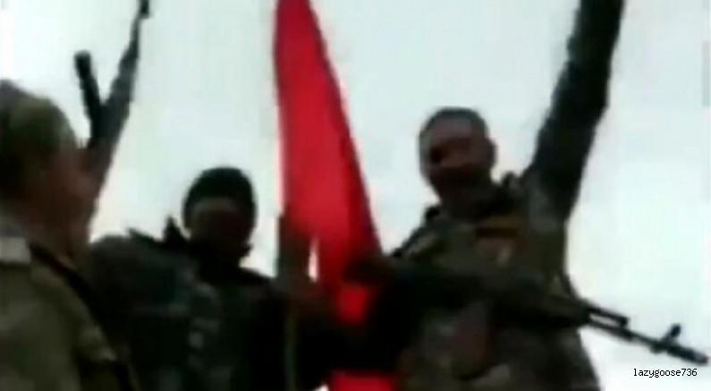Azerbaycan ordusu paylaştı! Türk Bayrağı Karabağ'da