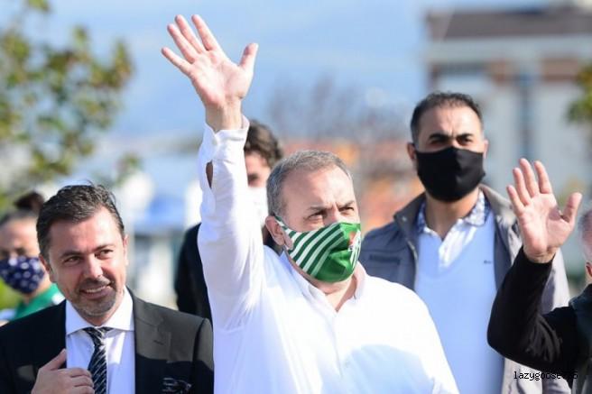 Bursaspor Başkanı Kamat takımı uğurladı